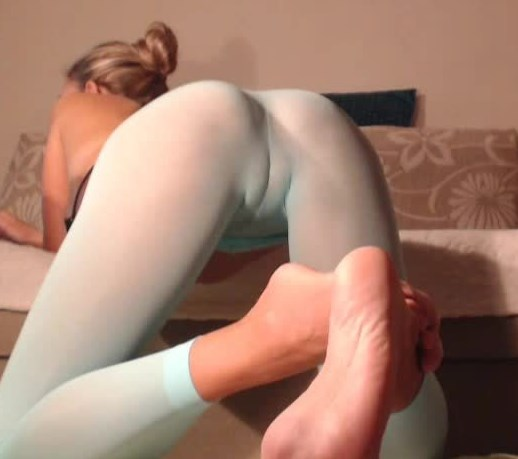 cam milf in tights camel toe